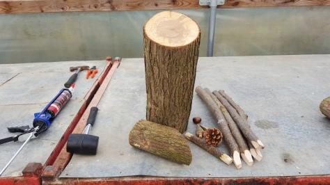 Materials to make a reindeer